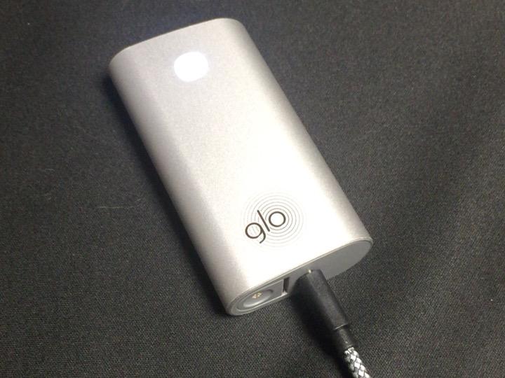 グロー(GLO)の充電している様子